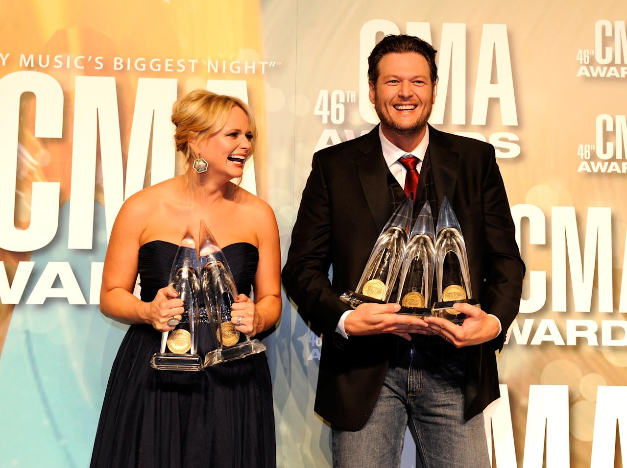 NASHVILLE, TN - NOVEMBER 01:  Miranda Lambert and Blake Shelton pose with awards at the 46th annual CMA Awards at the Bridgestone Arena on November 1, 2012 in Nashville, Tennessee.  (Photo by Erika Goldring/Getty Images)