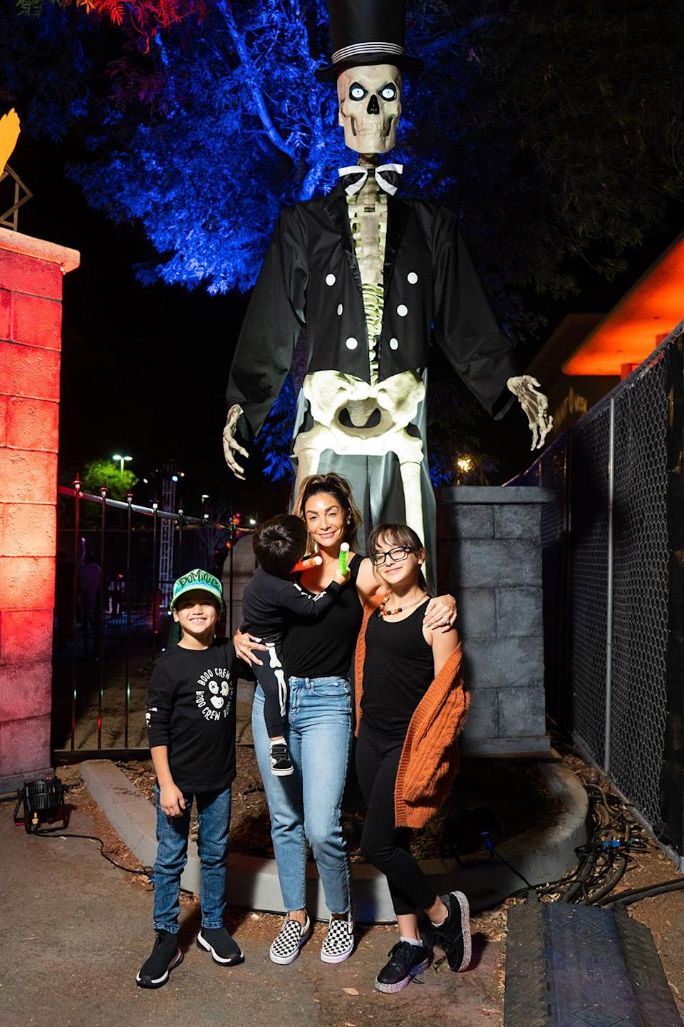 <p>meeting a serious skeleton at Haunt'Oween L.A., sponsored by KiwiCo, at The Promenade at Westfield Topanga on Oct. 5.</p>