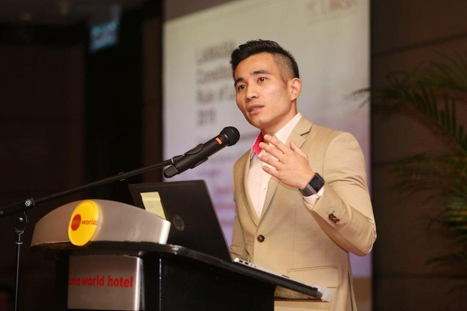 Umno information chief Shahril Sufian Hamdan reiterated that the party will not cooperate with Perikatan Nasional (PN) in the 15th General Election. — Picture by Choo Choy May
