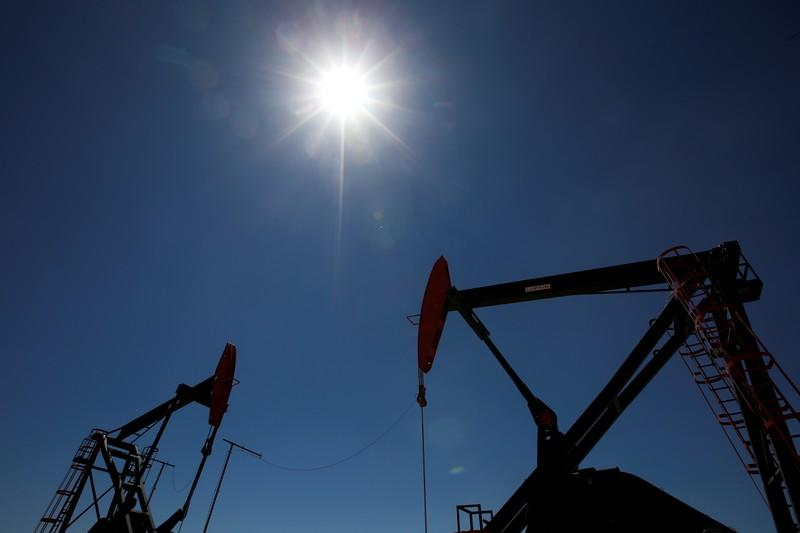 Oil prices gain 2% despite concerns about rising supplies