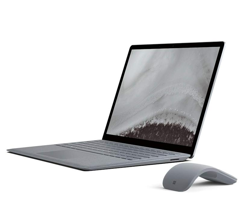 The Microsoft Surface Laptop 2 is on sale. (Photo: Amazon)