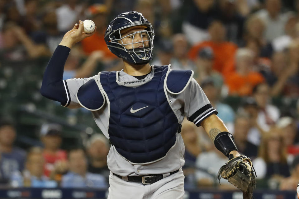 """Catchers are hard to replace. Even with star backstop Gary Sanchez in place, the <a class=""""link rapid-noclick-resp"""" href=""""/mlb/teams/ny-yankees/"""" data-ylk=""""slk:New York Yankees"""">New York Yankees</a> are carrying five extra catchers in their player pool. (AP Photo/Paul Sancya)"""
