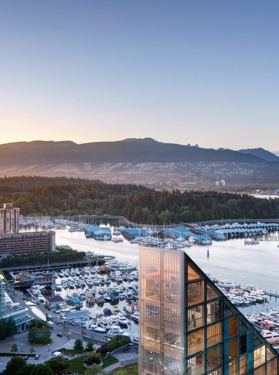 <p>Terrace House is located in Vancouver's Coal Harbour neighbourhood. (Shigeru Ban Architects) </p>