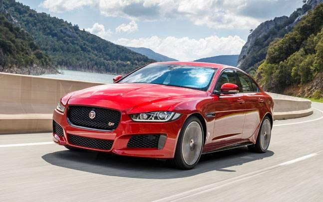 Dealers start taking bookings for diesel Jaguar XE in India
