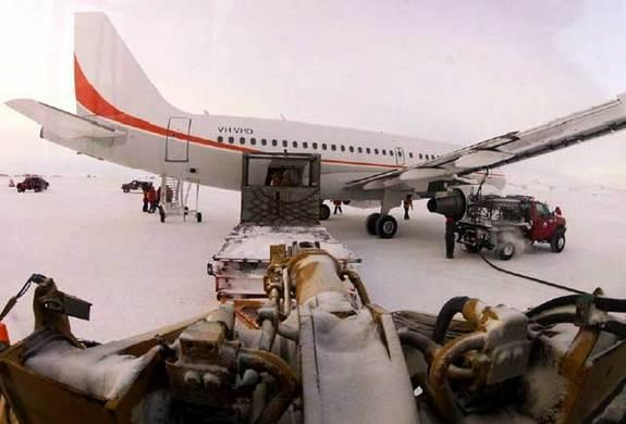 Shutdown Ends, But US Antarctic Research Still on Thin Ice