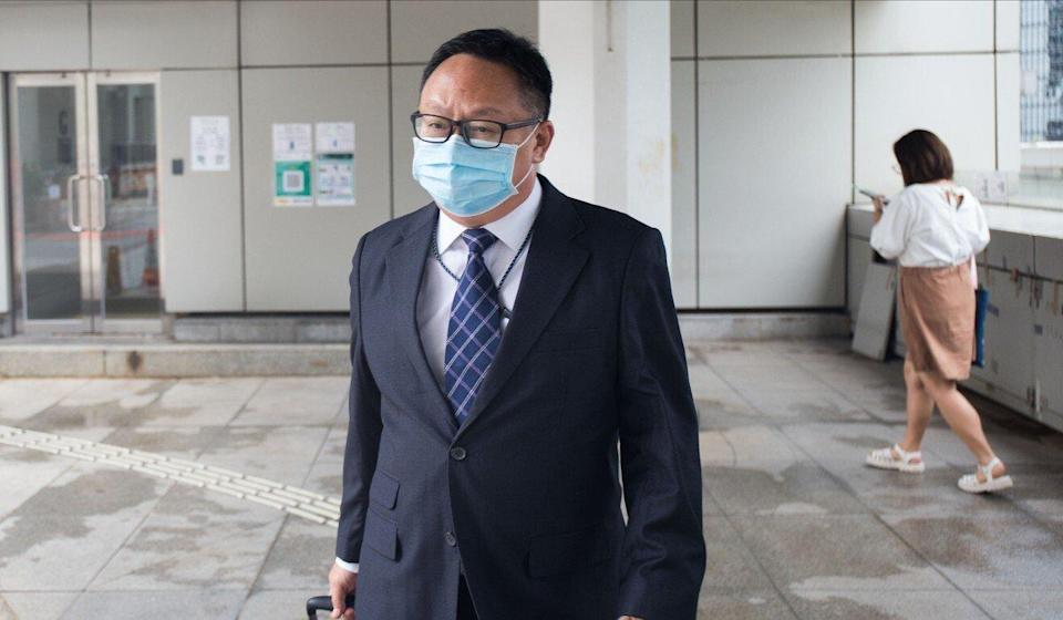 Senior Inspector Eddie Cheung leaves the High Court on Tuesday. Photo: Brian Wong