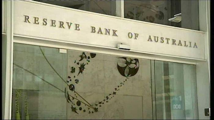 Former RBA exec accused of bank note thefts