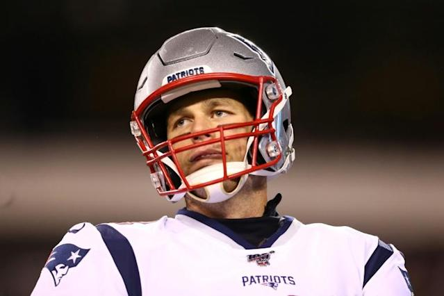 Under pressure? Tom Brady isn't hitting the panic button over New England's offensive woes (AFP Photo/Mitchell Leff)