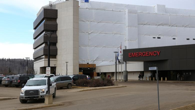 Judge urges AHS to move quickly to build helipad at Fort McMurray hospital