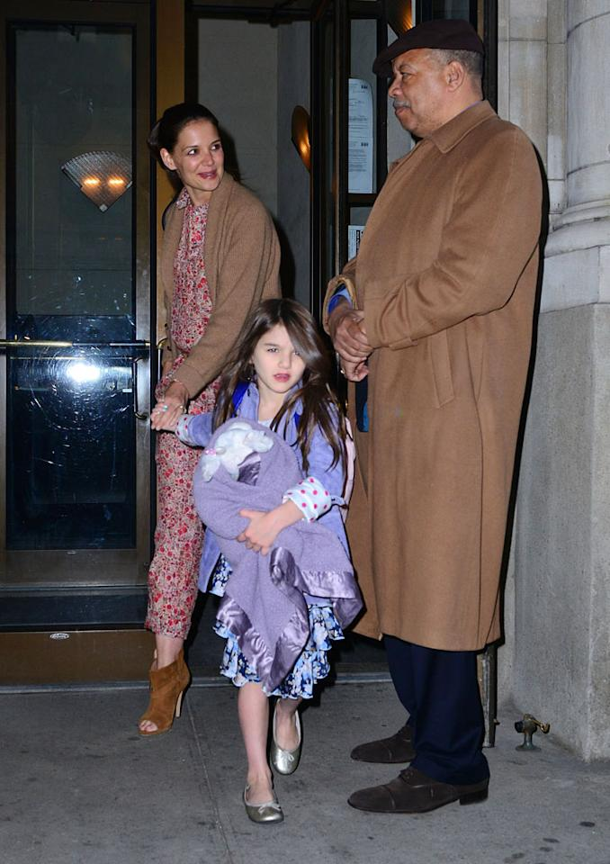 Dynamic duo Katie Holmes and daughter Suri Cruise were spotted leaving their New York City pad on Tuesday. (3/27/2012)