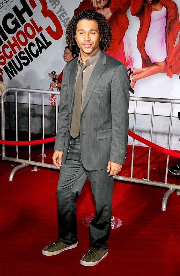 """We're loving Corbin Blue in that classic gray suit, but his scruff has got to go! Gregg DeGuire/<a href=""""http://www.wireimage.com"""" target=""""new"""">WireImage.com</a> - October 16, 2008"""