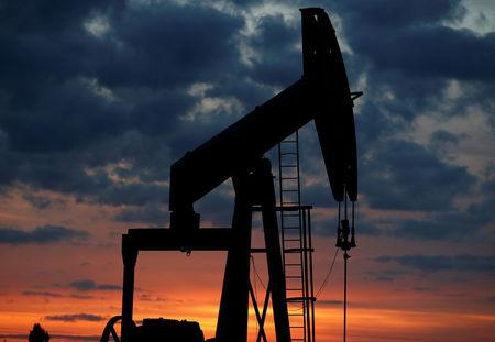 Oil touches 3½-year high after U.S. quits Iran deal