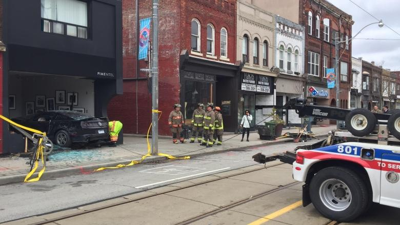 Driver smashes into Dundas West photo studio, causing gas leak and road closure