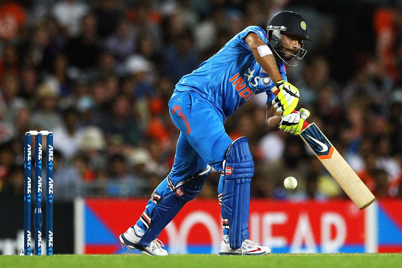 AUCKLAND, NEW ZEALAND - JANUARY 25: Ravindra Jadeja of India bats during the One Day International match between New Zealand and India at Eden Park on January 25, 2014 in Auckland, New Zealand.  (Photo by Anthony Au-Yeung/Getty Images)