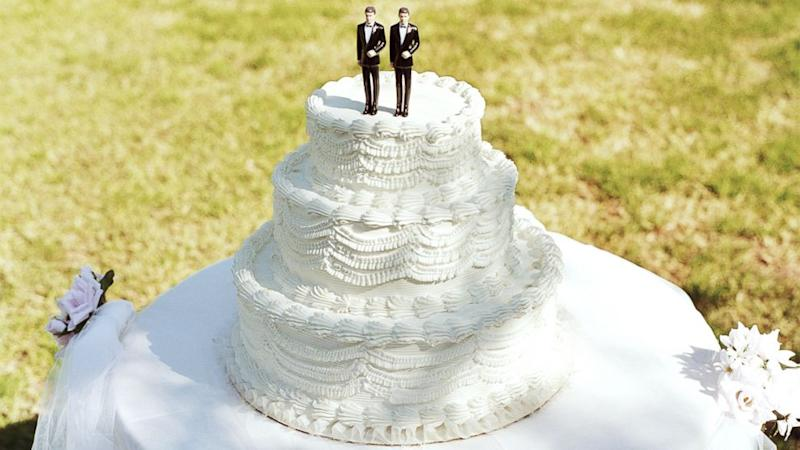 Judge Orders Colorado Bakery to Cater for Same-Sex Weddings