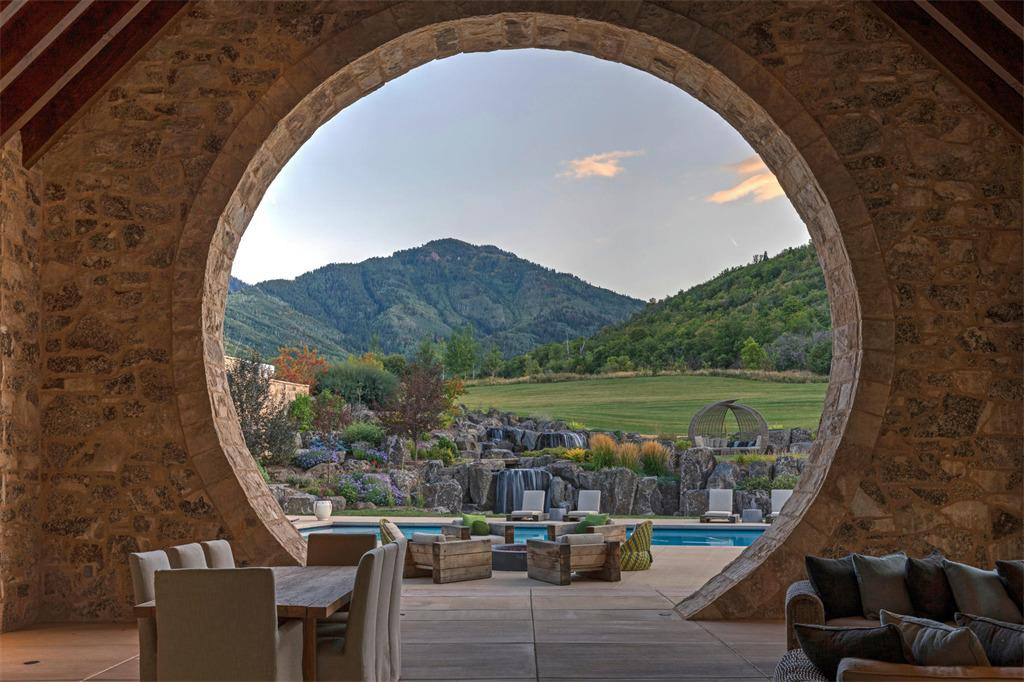 <p>Taking inspiration from Bilbo Baggins, the house features a number of circular vistas and windows. </p>