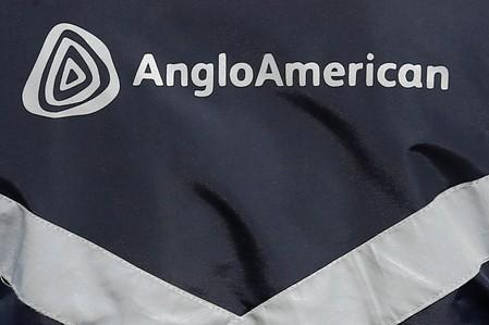 Billionaire Anil Agarwal sells Anglo stake