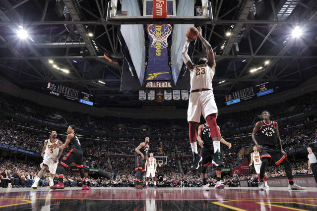 CLEVELAND, OH - APRIL 3: LeBron James #23 of the Cleveland Cavaliers shoots the ball during the game against the Toronto Raptors on April 3, 2018 at Quicken Loans Arena in Cleveland, Ohio. (Photo by David Liam Kyle/NBAE via Getty Images)