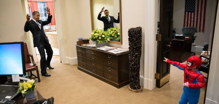 Candid: The White House snap which went down a storm online (Pete Souza/White House)