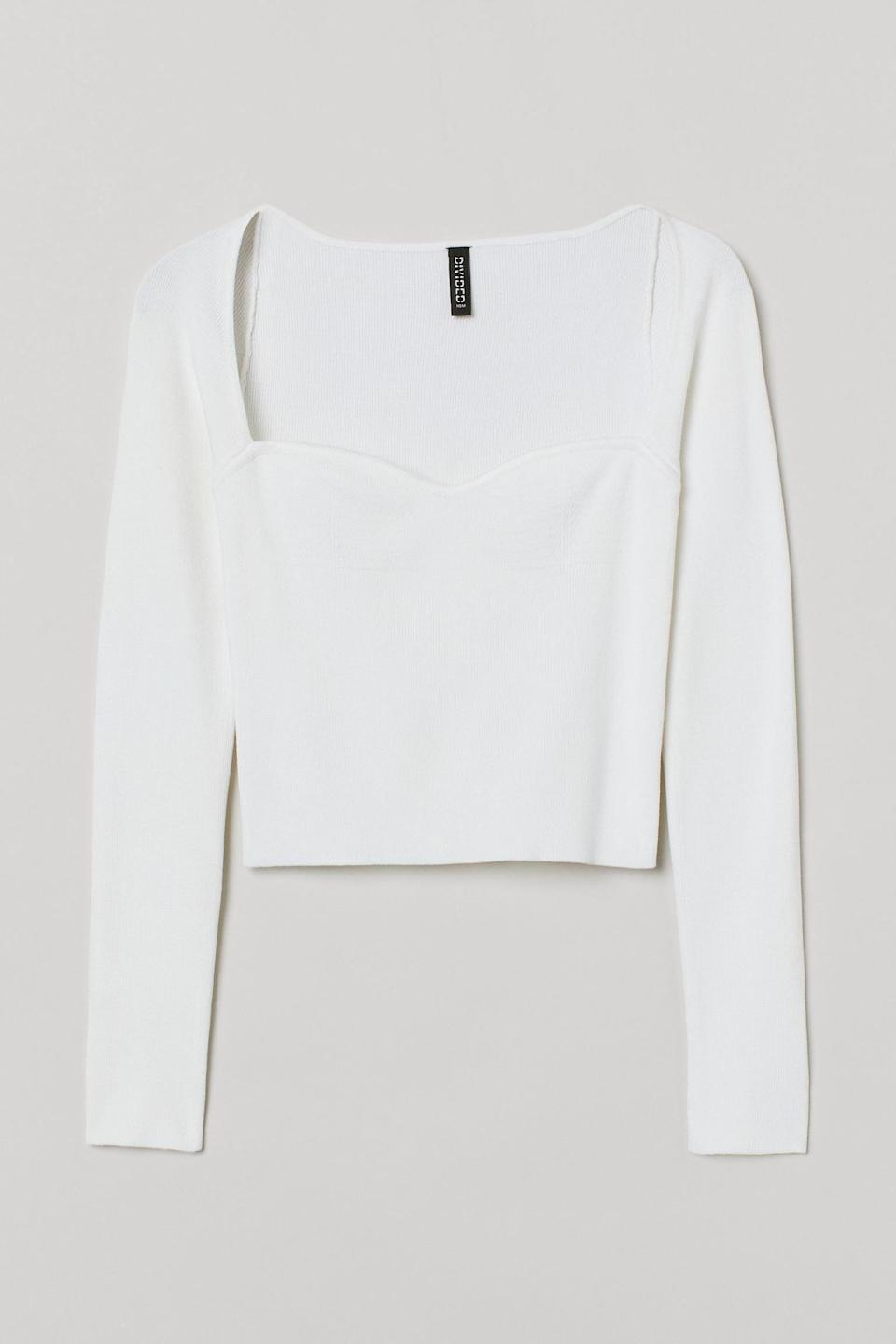 <p>Soak up the sun on a warm day in this sultry <span>H&amp;M Ribbed Top</span> ($25).</p>