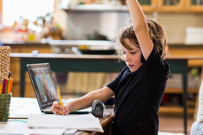 Kids need time to get used to new technology and classroom norms. (Photo: Mint Images via Getty Images)