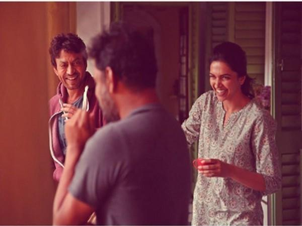A behind the scene picture of 'Piku' (Image Source: Instagram)