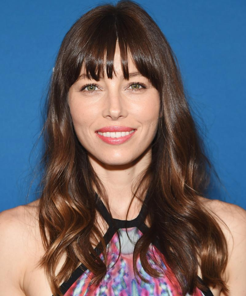 Best Bangs For Square Faces: The Most Flattering Haircuts For Square-Shaped Faces