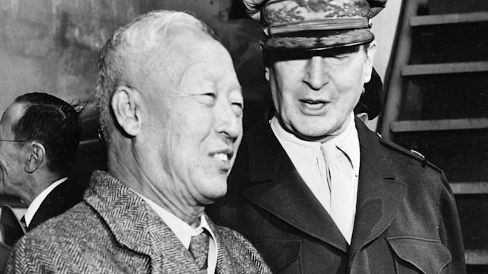Critics say Syngman Rhee was wrong to free North Korean soldiers