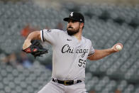 Chicago White Sox pitcher Carlos Rodon throws against the Detroit Tigers in the first inning of a baseball game in Detroit, Monday, Sept. 20, 2021. (AP Photo/Paul Sancya)