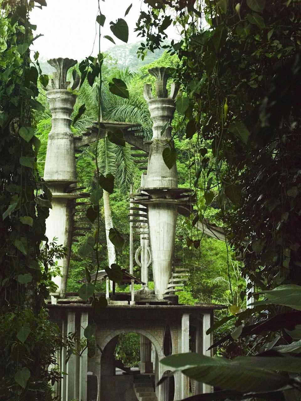 <p>Nestled in Mexico's Huasteca region lies a spectacular series of surrealist architecture and sculptures designed by Edward James. The British poet and artist collaborated with local artisans to build and design more than two dozen architectural follies in which much of the natural vegetation has become intertwined since construction in 1944. While this sculpture garden is certainly off the beaten path, art and nature enthusiasts will revel in its majesty and serenity. </p>