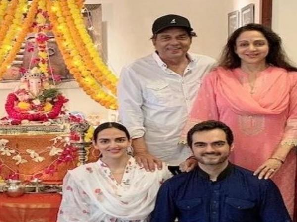 The family picture shared by actor Hema Malini (Image source: Twitter)