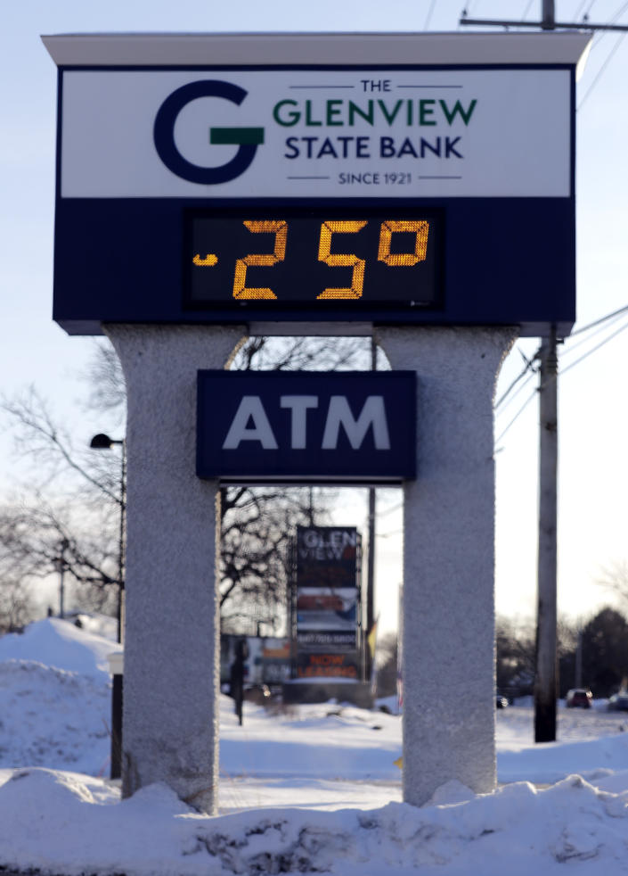 A sign shows the current outdoor temperature in Glenview, Ill., Jan. 30, 2019. (Photo: Nam Y. Huh/AP)