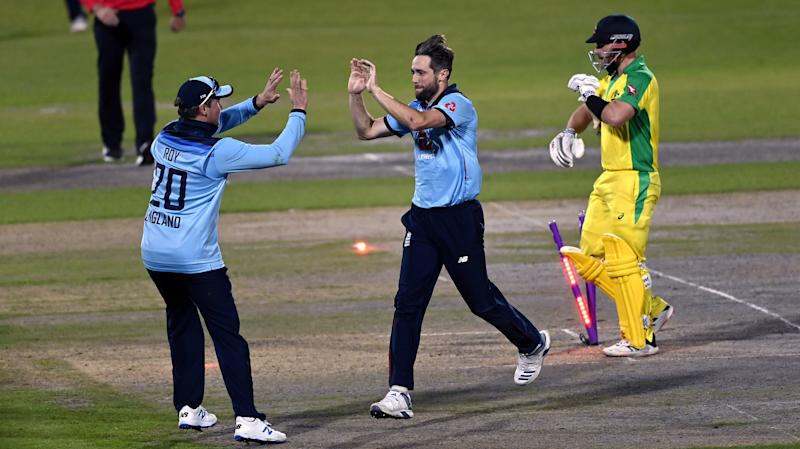 Eoin Morgan heaps praise on England's bowling unit