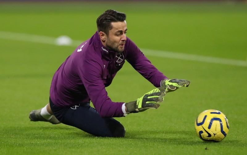 West Ham's Fabianski out for up to two weeks with hip inflammation