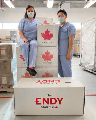 Healthcare Heroes receiving Endy Mattresses at Abbotsford Regional Hospital in Abbotsford, B.C. (CNW Group/Endy)
