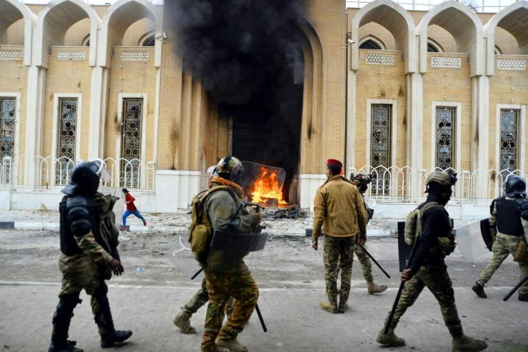 Iraq parties, allies debate new PM as violence hits shrine cities