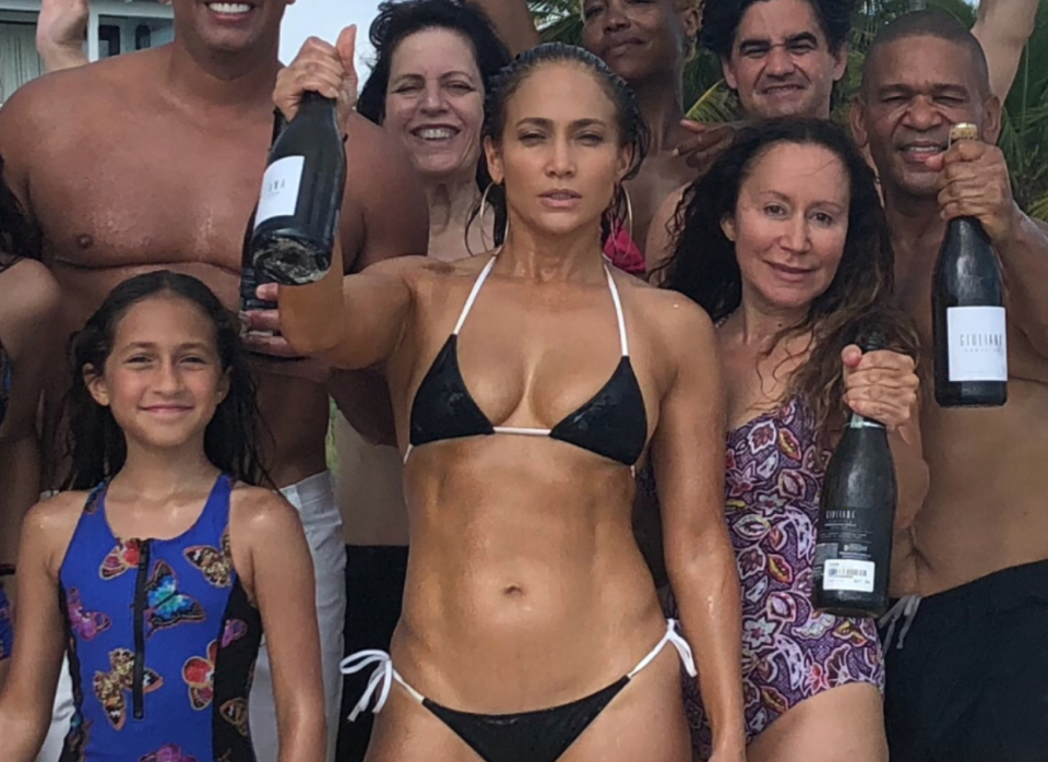 Jennifer Lopez is famed for her incredible body. [Photo: Instagram]