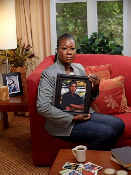 PHOTO: Sybrina Fulton, mother of Trayvon Martin, holding a portrait of her deceased son. Fort Lauderdale, Fla., April 2012. (Jeffery Salter/Redux)