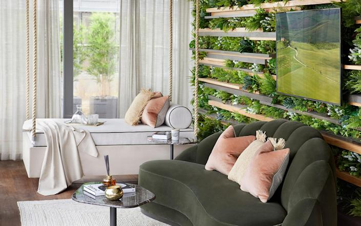 The garden room at the Chelsea Waterfront penthouse - Julian Abrams