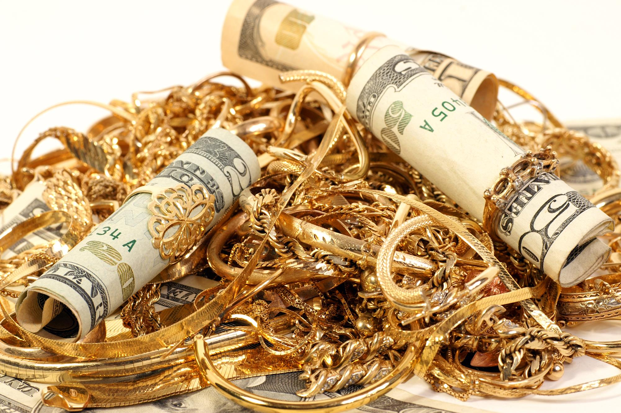 Have jewellery in locker? Buy insurance as bank is not liable for any loss