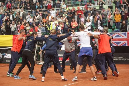 Tennis - Fed Cup World Cup Group II play-off - Romania v Britain - Constanta, Romania - 23/04/17 - Romanian team celebrates the win against Britain's team. Inquam Photos/Bogdan Chesaruvia REUTERS