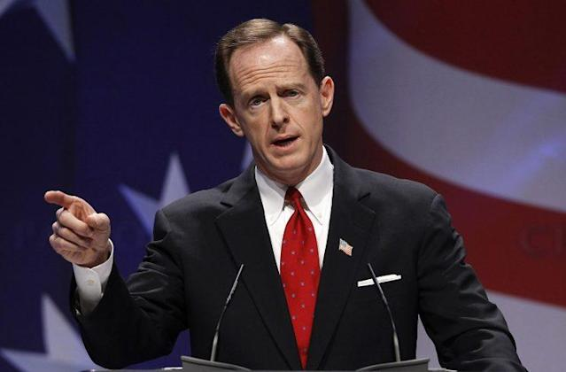 U.S. Sen. Pat Toomey, R-Pa., speaks to the Conservative Political Action Conference meeting in 2011. (Larry Downing/Reuters)