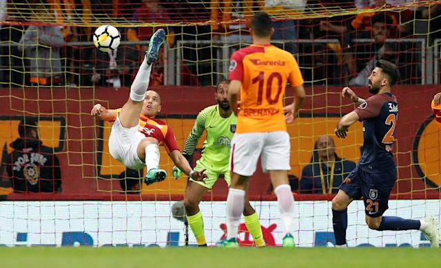 Soccer Football - Turkish Super League - Galatasaray vs Basaksehir - Turk Telekom Arena, Istanbul, Turkey - April 15, 2018 Galatasaray's Sofiane Feghouli has a shot at goal REUTERS/Murad Sezer