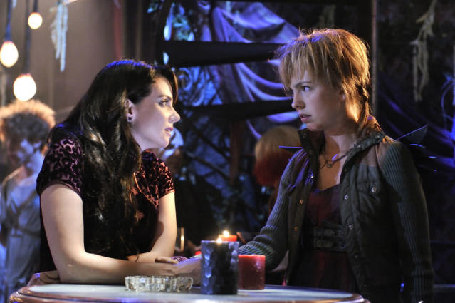 "Mia Kirshner as Kenya and Brittany Allen as Tirra in the ""Defiance"" episode, ""A Well Respected Man."""