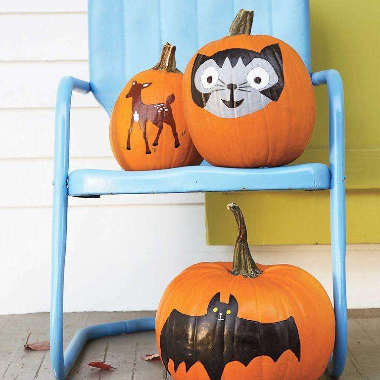 """<p>Let out your inner artist this Halloween and use washable poster paint to create your desired design. </p><p><a class=""""link rapid-noclick-resp"""" href=""""https://www.amazon.com/Art-Supply-Childrens-Washable-Tempera/dp/B01N99W4Y4/?tag=syn-yahoo-20&ascsubtag=%5Bartid%7C10070.g.331%5Bsrc%7Cyahoo-us"""" rel=""""nofollow noopener"""" target=""""_blank"""" data-ylk=""""slk:SHOP POSTER PAINT""""><strong>SHOP POSTER PAINT</strong> </a></p>"""