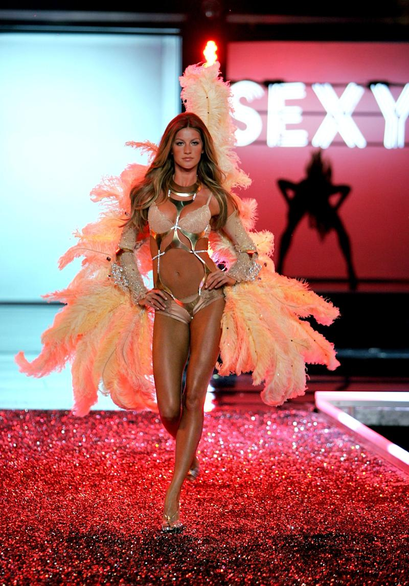 Bündchen walks the runway during the Victoria's Secret Fashion Show in November 2006 in Hollywood. (Mark Mainz via Getty Images)