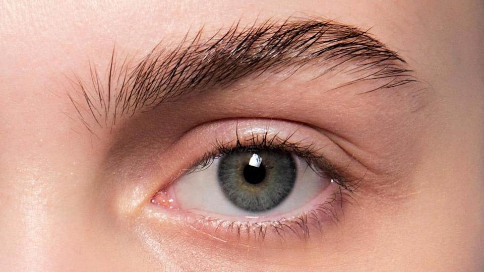 #HealthBytes: How to get healthy eyebrows, that too at home?