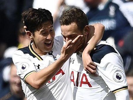 Tottenham 'fought against everyone' last season, says Mauricio Pochettino