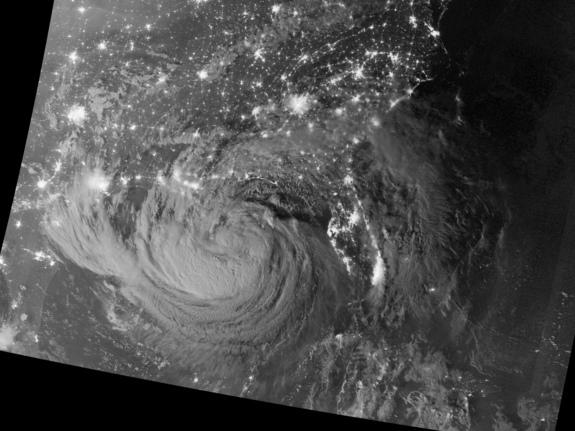 NASA Captures Amazing View of Tropical Storm Isaac at Night (Photos)