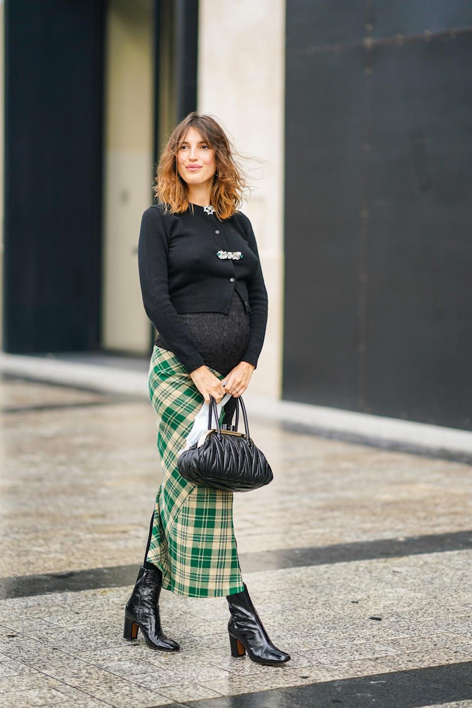 <p>Behold, the trend that embodies all things feminine and elegant. Think locks and similar handbag closures that are typically seen on clutches, but come prepared to embrace them with top handles and shoulder bags for 2021. A plus? We can pretty much guarantee this trend as the easiest way to dress up any outfit.</p>